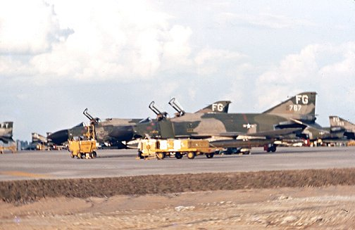 flightline4-a.jpg